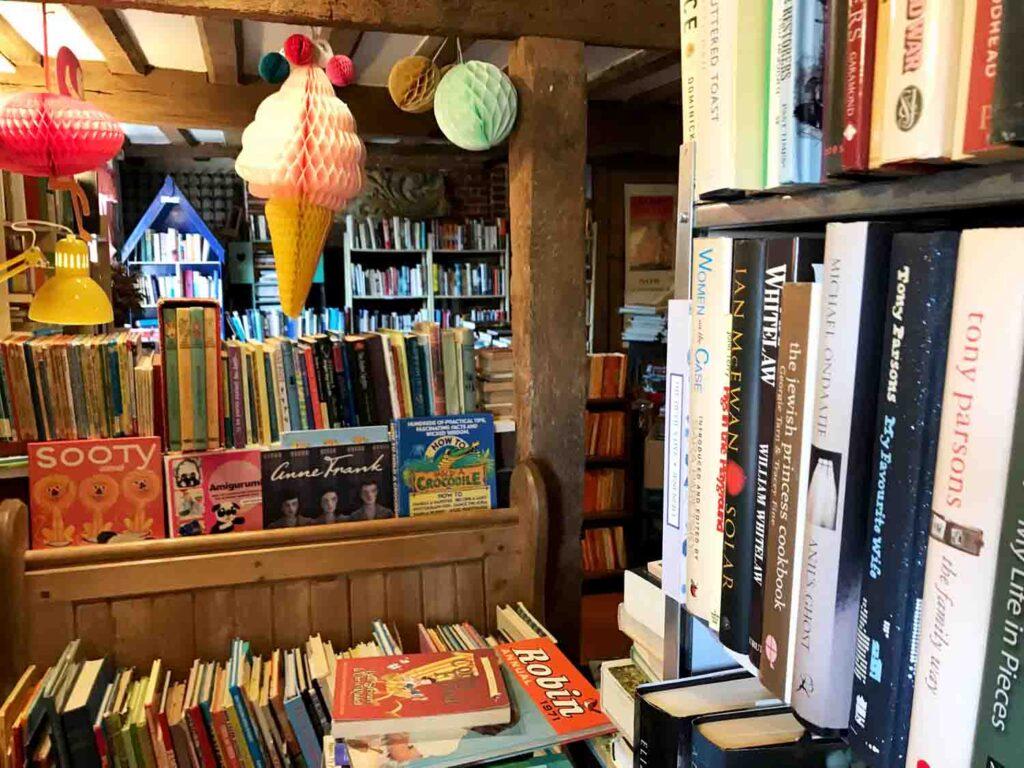 Barnabees Books Westleton interior